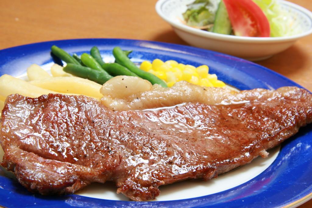 佐渡牛のサーロインステーキ