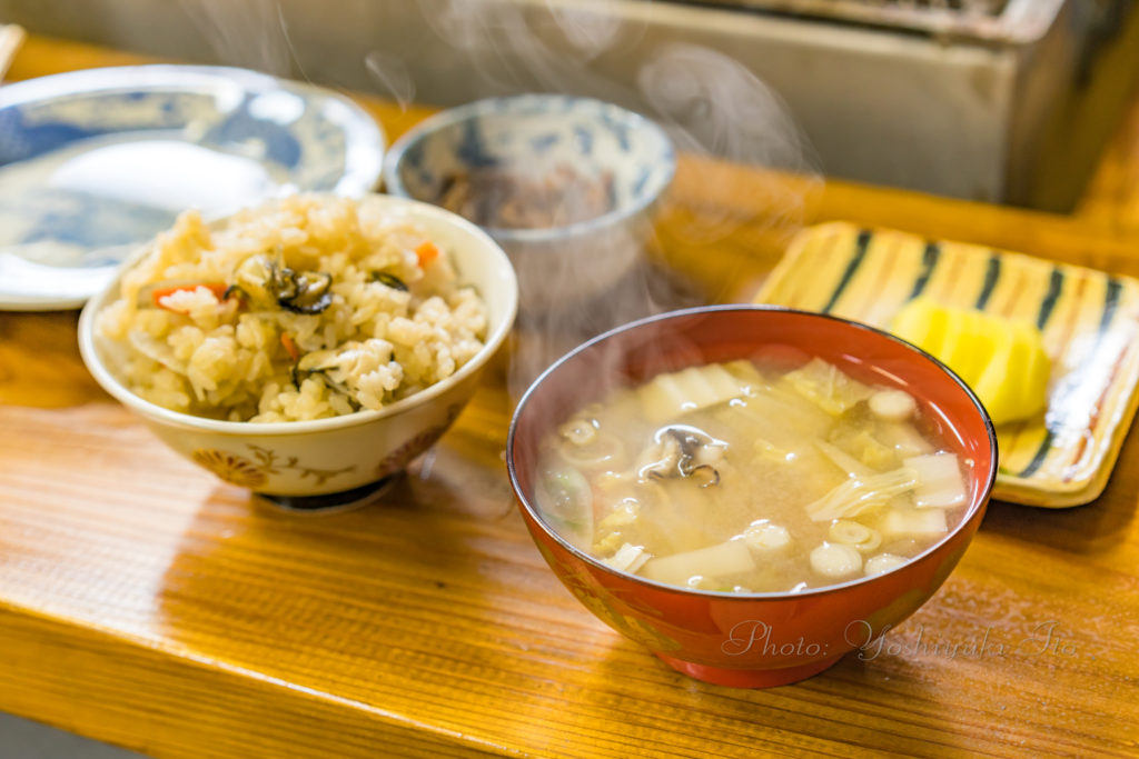 牡蠣の味噌汁