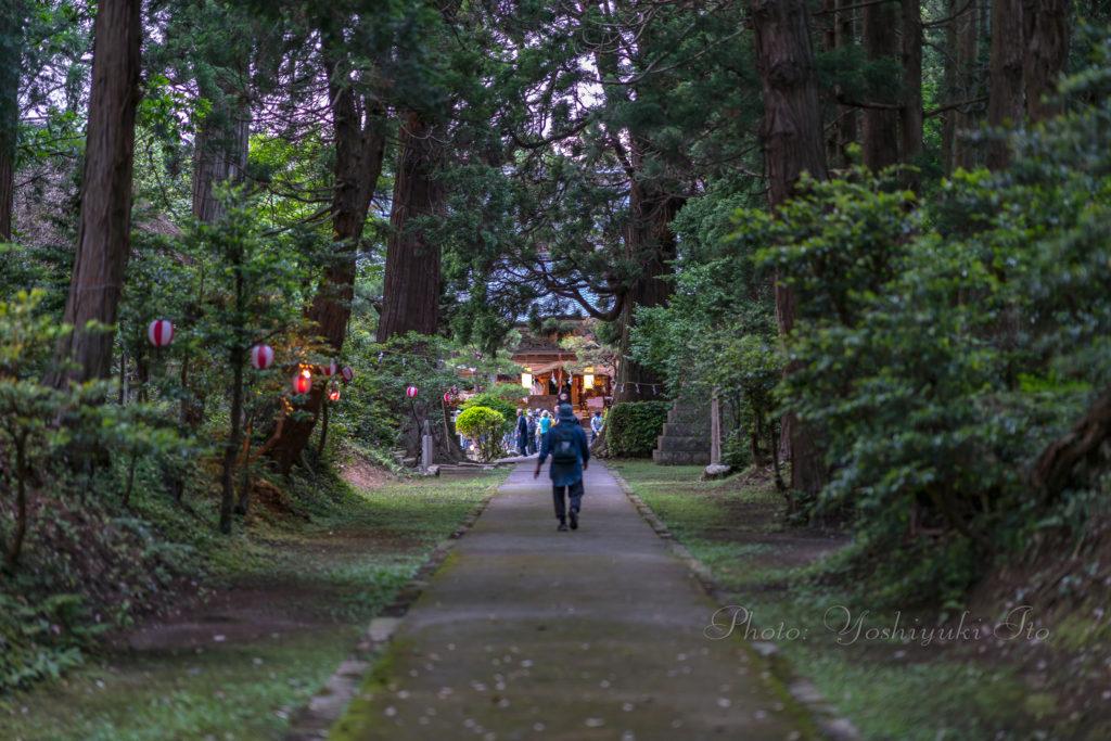 牛尾神社参道