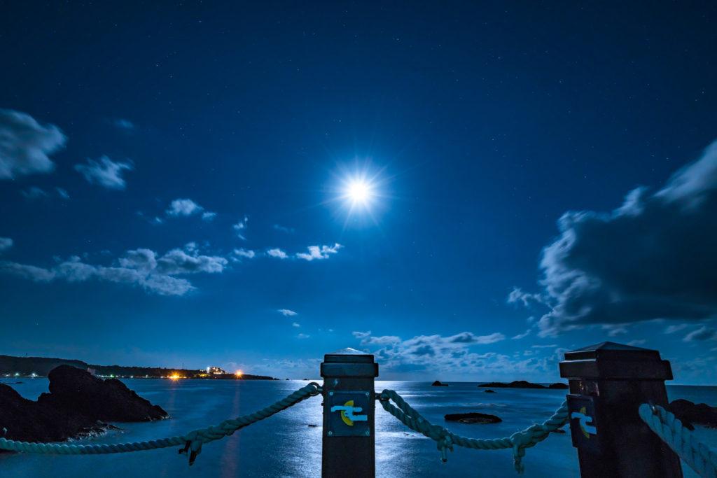 月明かりの千畳敷