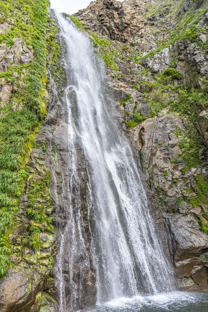 大ザレの滝 横