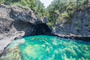 琴浦 青の洞窟